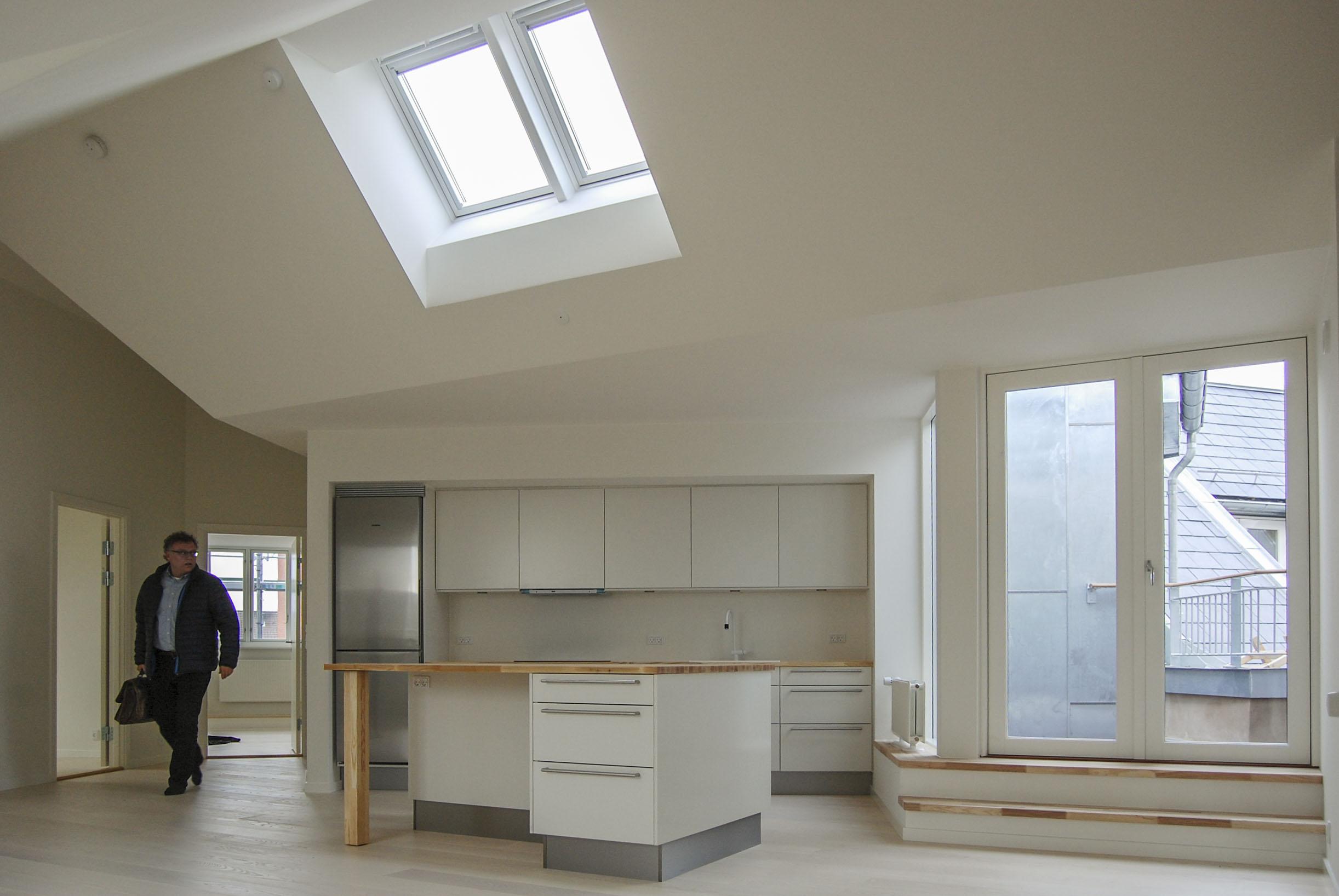 Køkken alrum af taglejlighed i A/B Aldersrogade